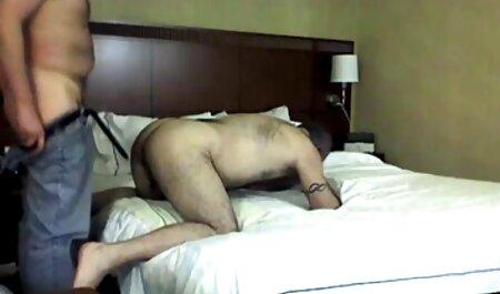 Tinke video porno gratis di lesbiche Sami riempito la sua figa stretta con sperma