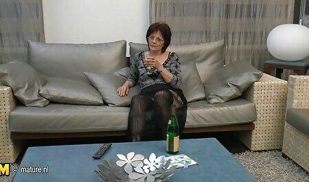 Procace lesbica con figa pelosa gode di video lesbiche amatoriale sesso tantrico