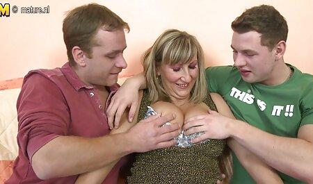 Procace Milf pov lesbiche tettone video porno masturbazione con la mano